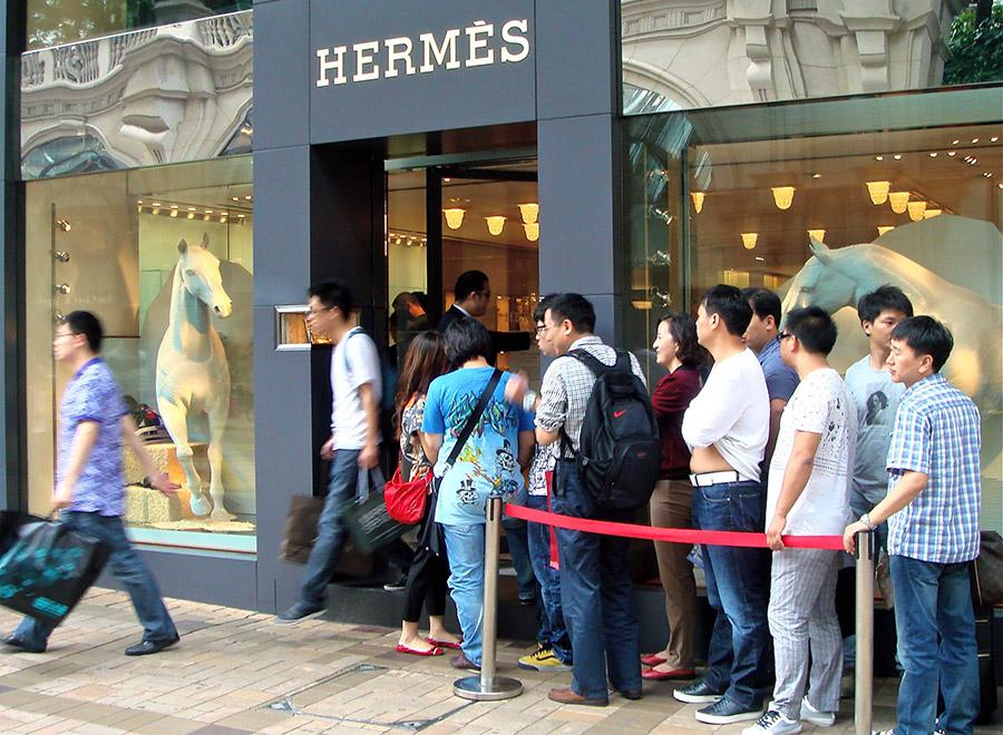 Hermès Store Asian Tourists