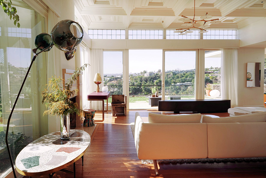 Casa Perfect LA, Elvis' former home