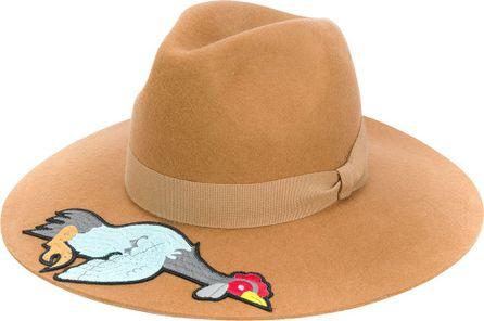 Ultràchic appliqué patch hat