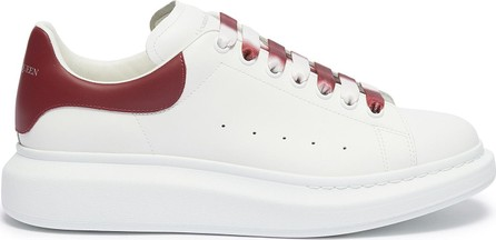 Alexander McQueen 'Oversized Sneaker' in leather with dégradé lace