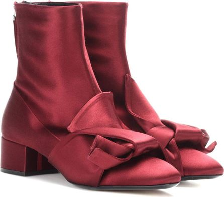 N°21 Satin ankle boots