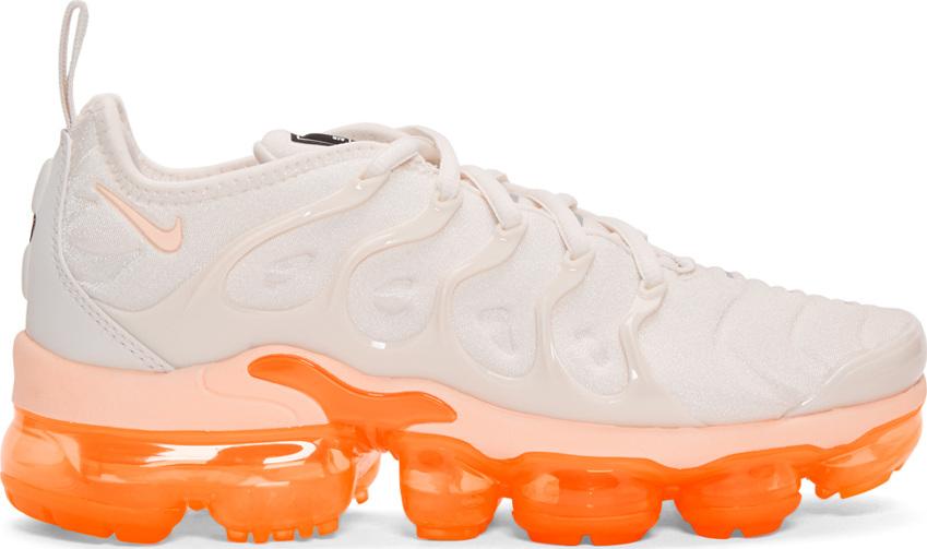 half off ac408 1b389 White Air Vapor Max Plus Sneakers