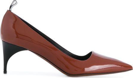 Alain Tondowski low pointed pumps