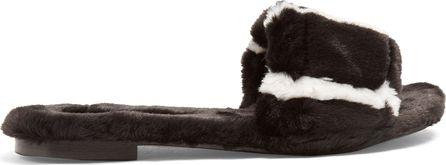 Avec ModèRation Kitzbuhel faux-fur slides