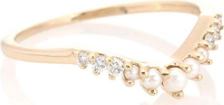 Anna Sheffield Petite Tiara 14kt yellow gold ring with pearls and diamonds