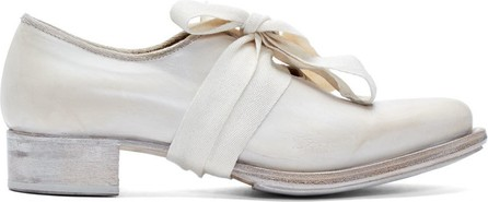 Cherevichkiotvichki White Pointy Bow Derbys