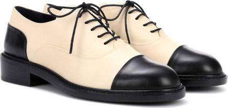 Stuart Weitzman Leather Derby shoes
