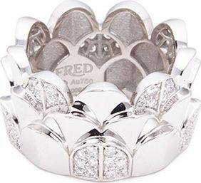 Fred 'Une Ile d'Or' diamond 18k white gold scalloped ring