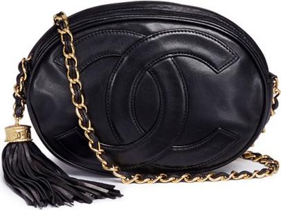 Vintage Chanel CC logo leather tassel oval bag