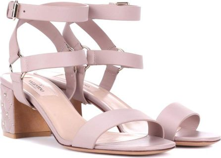 Valentino Valentino Garavani Free Rockstud Spike leather sandals