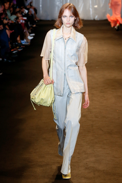 Acne Studios Spring 2018 Ready-to-Wear - Look #43