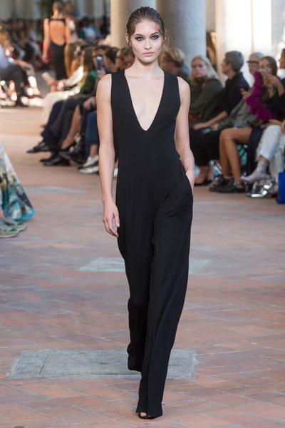 Alberta Ferretti Spring 2018 Ready-to-Wear - Look #14