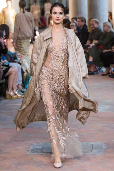 Alberta Ferretti Spring 2018 Ready-to-Wear - Look #30