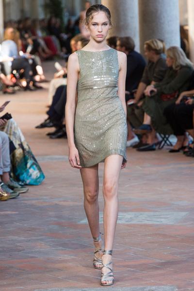 Alberta Ferretti Spring 2018 Ready-to-Wear - Look #34