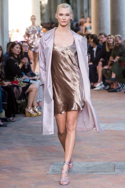 Alberta Ferretti Spring 2018 Ready-to-Wear - Look #39
