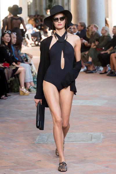 Alberta Ferretti Spring 2018 Ready-to-Wear - Look #6