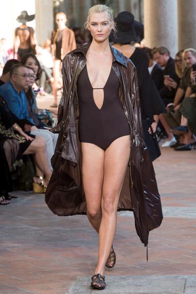 Alberta Ferretti Spring 2018 Ready-to-Wear - Look #7
