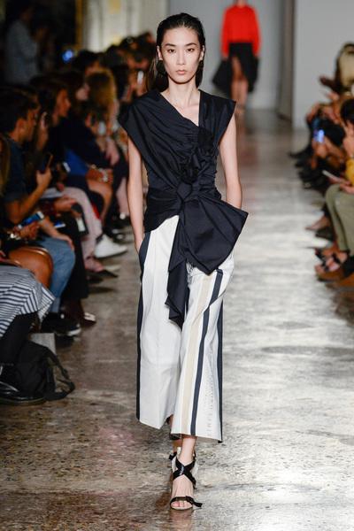 Albino Teodoro Spring 2018 Ready-to-Wear - Look #10