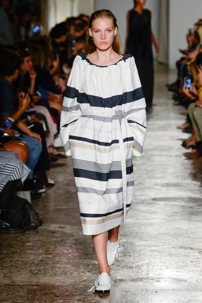 Albino Teodoro Spring 2018 Ready-to-Wear - Look #18