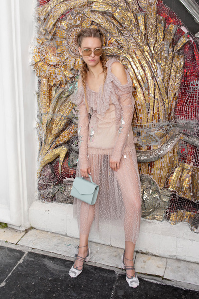 Alena Akhmadullina Spring 2018 Ready-to-Wear - Look #22