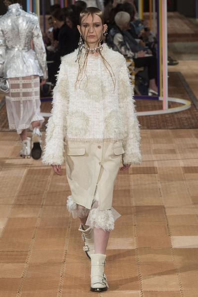 Alexander McQueen Spring 2018 Ready-to-Wear - Look #30