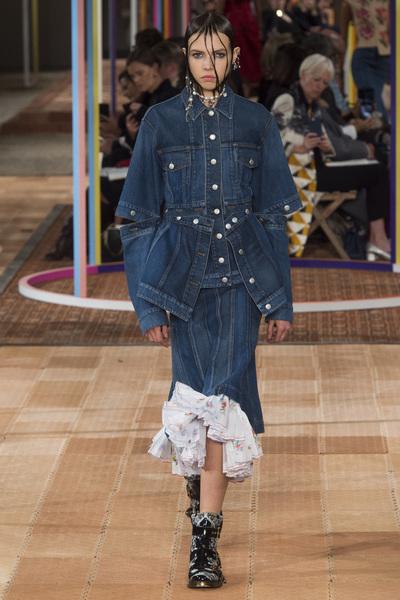 Alexander McQueen Spring 2018 Ready-to-Wear - Look #34