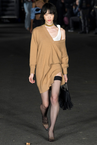 Alexander Wang Spring 2018 Ready-to-Wear - Look #18
