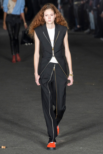 Alexander Wang Spring 2018 Ready-to-Wear - Look #9