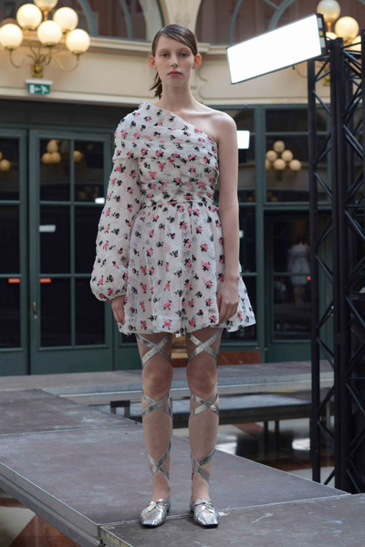 Anaïs Jourden Spring 2018 Ready-to-Wear - Look #19