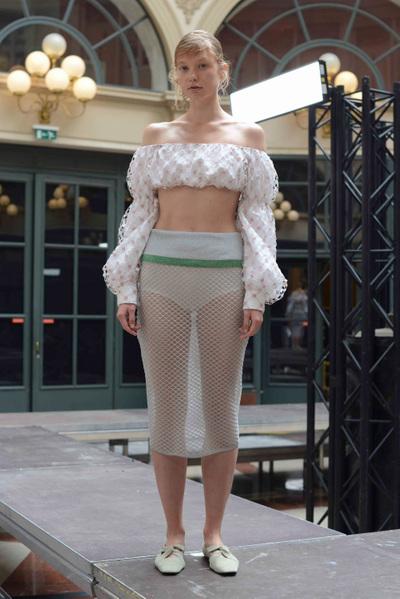 Anaïs Jourden Spring 2018 Ready-to-Wear - Look #9
