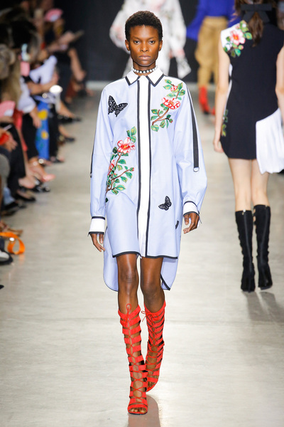 Andrew Gn Spring 2018 Ready-to-Wear - Look #15