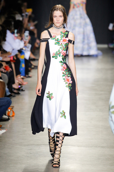 Andrew Gn Spring 2018 Ready-to-Wear - Look #19