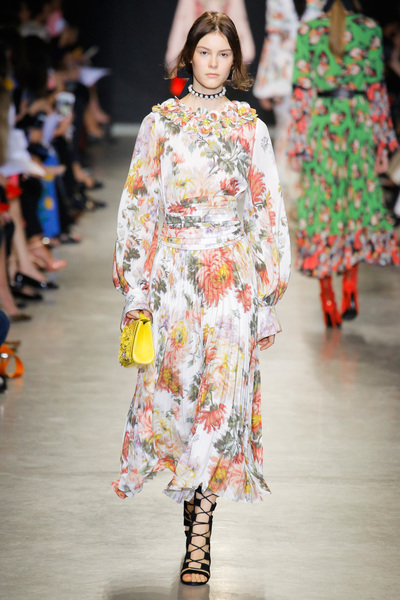 Andrew Gn Spring 2018 Ready-to-Wear - Look #33