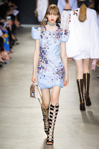Andrew Gn Spring 2018 Ready-to-Wear - Look #40