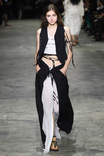 Ann Demeulemeester Spring 2018 Ready-to-Wear - Look #28