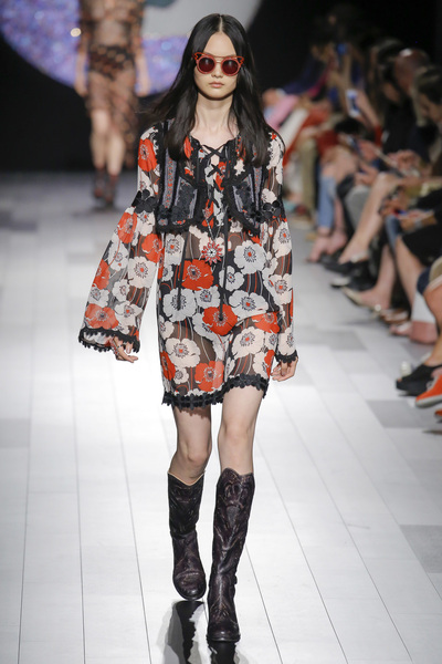 Anna Sui Spring 2018 Ready-to-Wear - Look #18