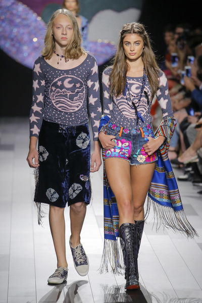 Anna Sui Spring 2018 Ready-to-Wear - Look #3