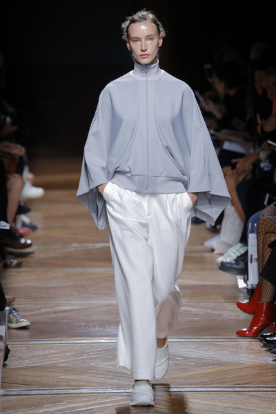 Anrealage Spring 2018 Ready-to-Wear - Look #16
