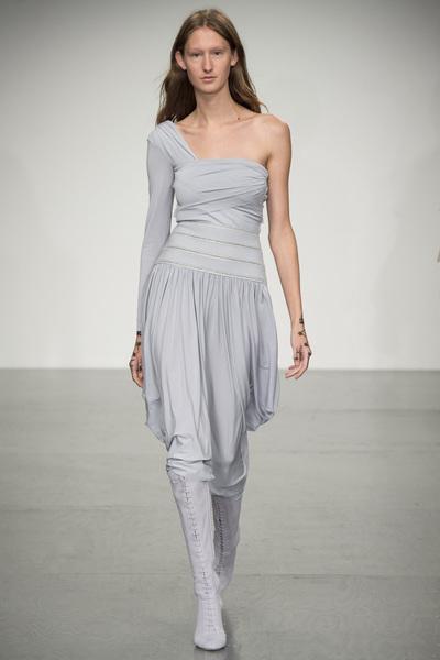 Antonio Berardi Spring 2018 Ready-to-Wear - Look #17