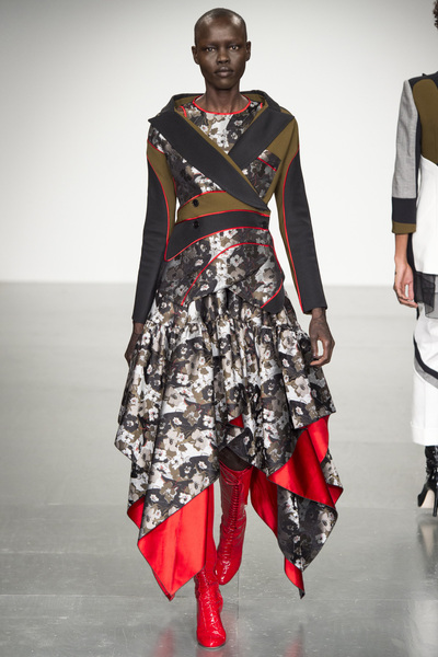 Antonio Berardi Spring 2018 Ready-to-Wear - Look #9
