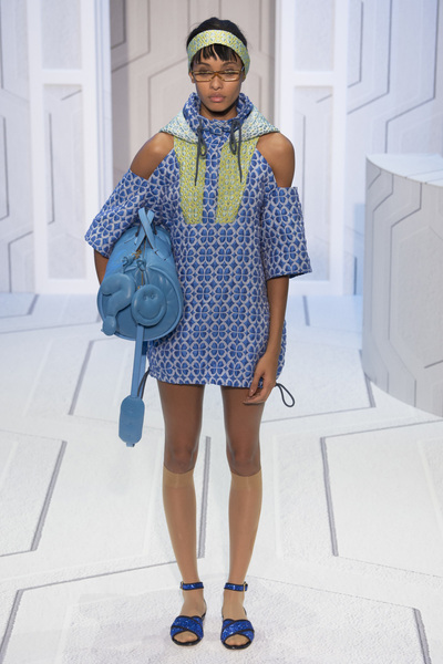 Anya Hindmarch Spring 2018 Ready-to-Wear - Look #10