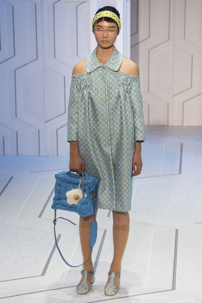 Anya Hindmarch Spring 2018 Ready-to-Wear - Look #12
