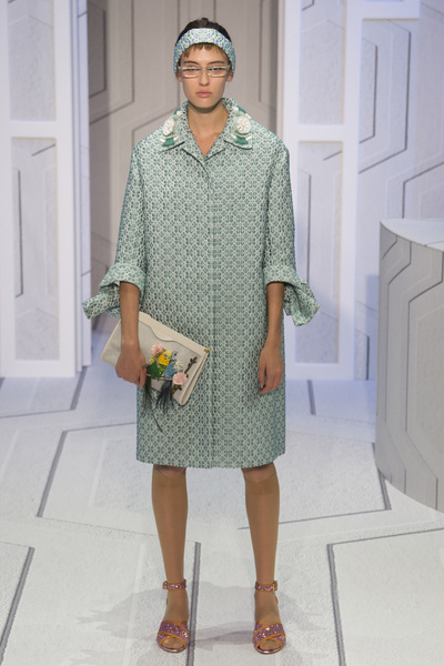 Anya Hindmarch Spring 2018 Ready-to-Wear - Look #16
