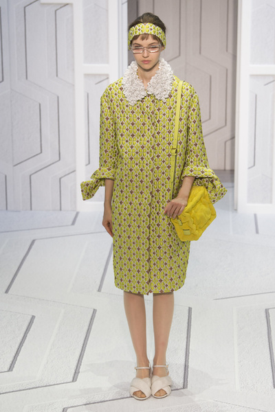 Anya Hindmarch Spring 2018 Ready-to-Wear - Look #3