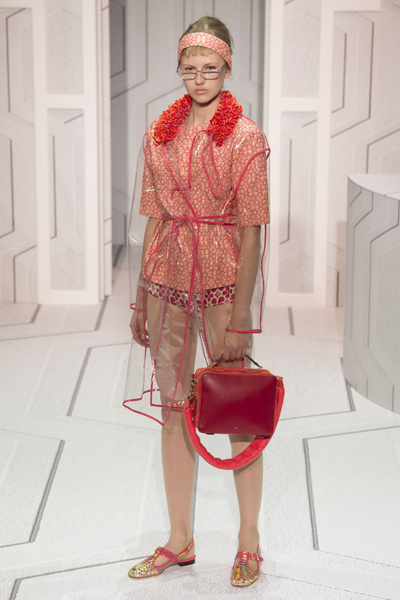 Anya Hindmarch Spring 2018 Ready-to-Wear - Look #34