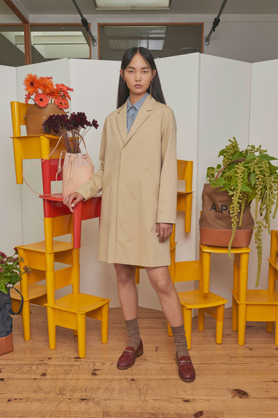 A.P.C. Spring 2018 Ready-to-Wear - Look #10