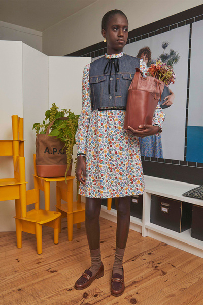 A.P.C. Spring 2018 Ready-to-Wear - Look #5