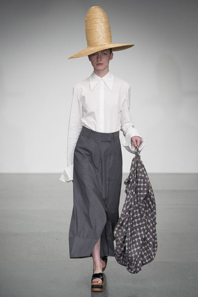 A.W.A.K.E Spring 2018 Ready-to-Wear - Look #12