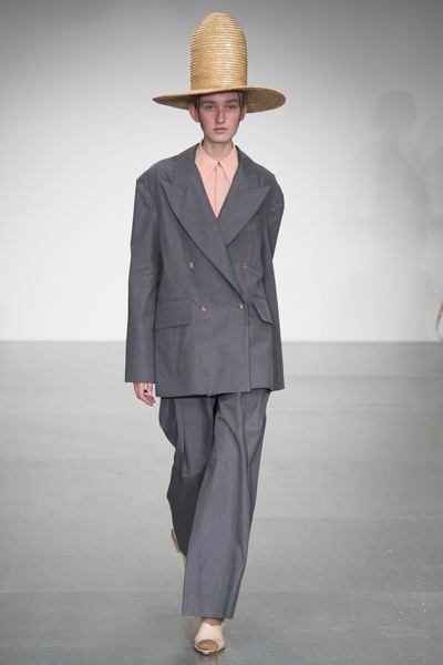 A.W.A.K.E Spring 2018 Ready-to-Wear - Look #15