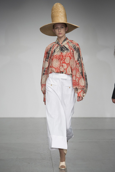 A.W.A.K.E Spring 2018 Ready-to-Wear - Look #22
